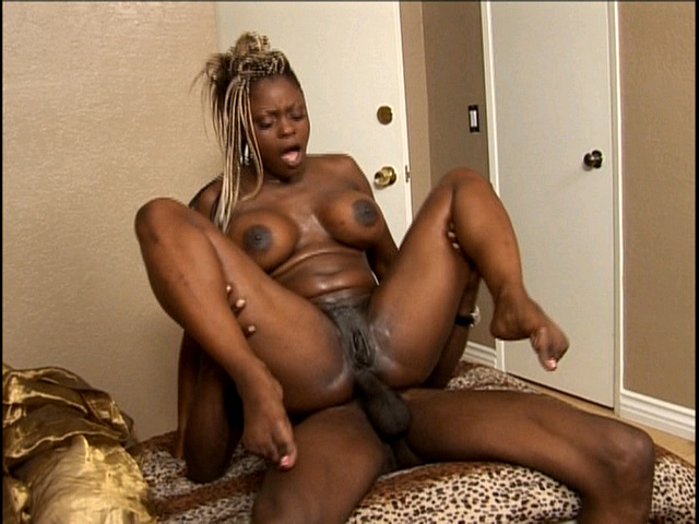 image Ebony coco pink searching to be a star