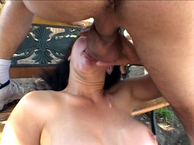 PLAY: Sexy brunette babe Bella Marie Wolf deepthroats multiple cocks in her mouth