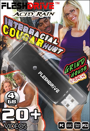 20+ Interracial Cougar Hunt on 4gb usb FLESHDRIVE