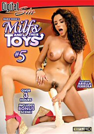 Milfs And Their Toys 5 (156388.3)